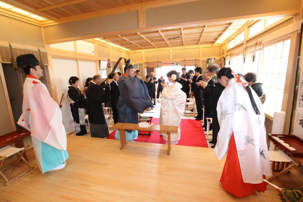 石動神社・神前結婚式・親族固めの盃