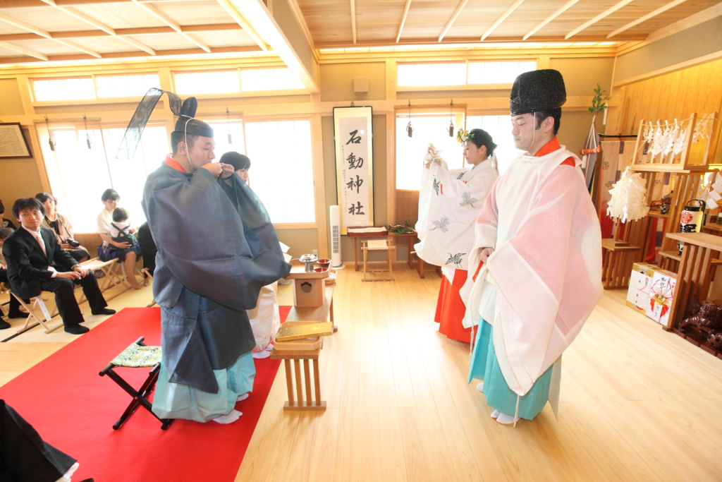 石動神社・神前結婚式・誓盃の儀3