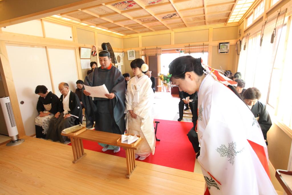 石動神社・神前結婚式・誓詞奏上